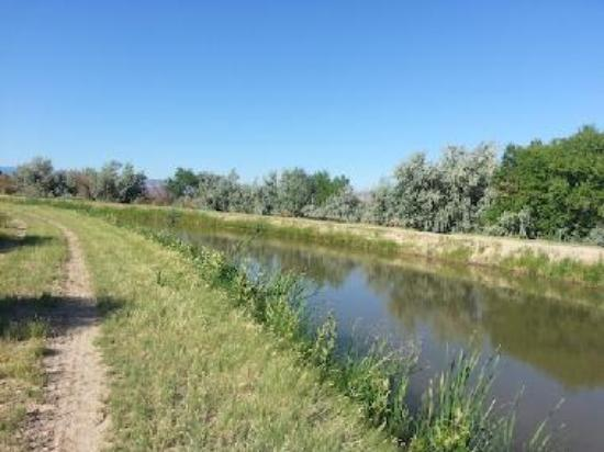 The maintenance road banks of the Grand Valley Canal System could be a world-class outdoor recreational amenity if a few gates were opened, a few gravel trailheads installed and a few signs put up